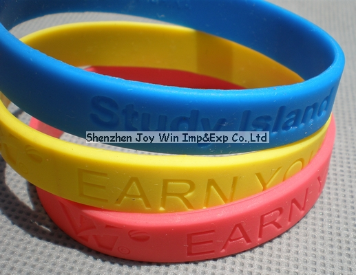 Debossed Silicone Bracelet for Gift